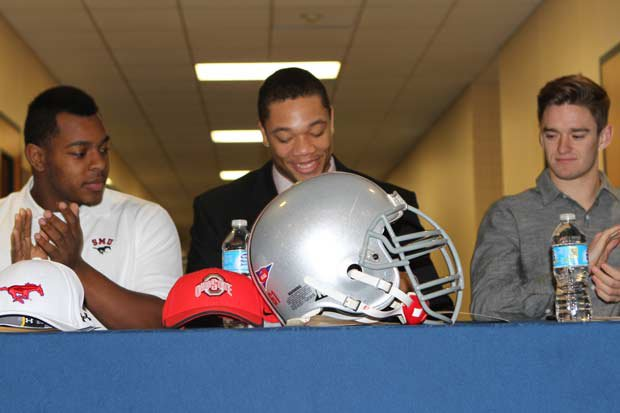 Demetrius Knox of All Saints Episcopal (Tyler, Texas) signs with Ohio State.