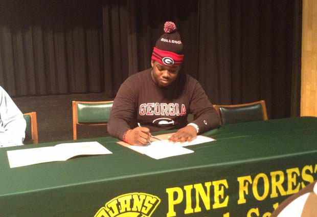Lamont Galliard of Pine Forest (Pensacola, Fla.) signs with Georgia.