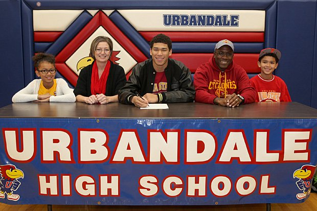 Allen Lazard of Urbandale (Iowa) commits to Iowa State.