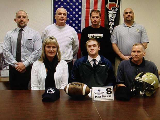 Mike Gesicki of Southern Regional (Manahawkin, N.J.) signs with Penn State.