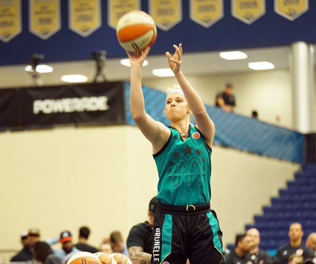 Samantha Brunelle had the highest point total, boy or girl, in Monday's 3-point contest.