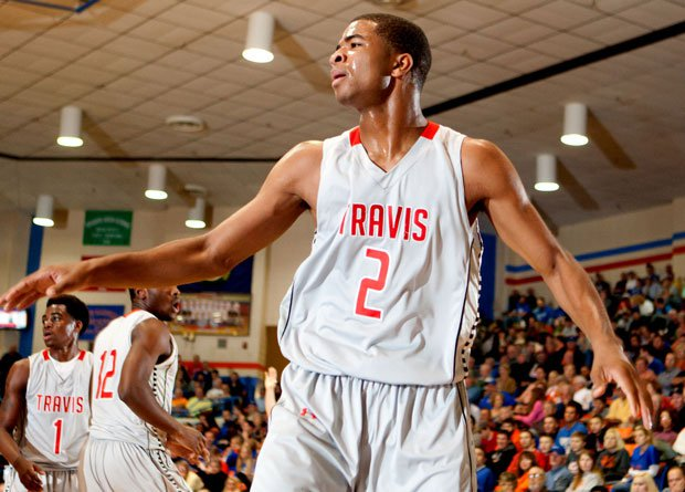 Aaron Harrison and No. 2 Fort Bend Travis won a pair of hard-fought battles in front of big crowds at the Marshall County Hoopfest in Kentucky over the weekend.