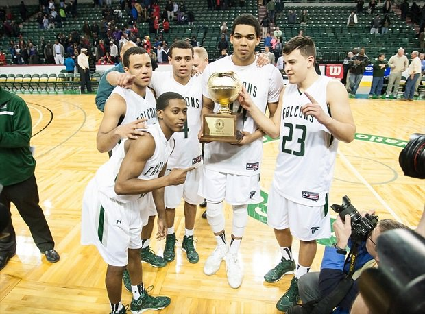 Karl Anthony Towns with his St. Joseph teammates.