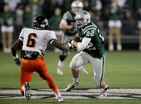 De La Salle receiver Andrew Buckley was superb all night with six catches for 132 yards and touchdowns of 44 and 37 yards. He also had an interceptions. Pretty good for a scholarship baseball player.