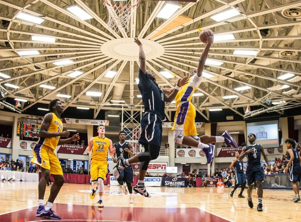 Montverde Academy beat Sierra Canyon last year at the prestigious Spalding Hoophall Classic.