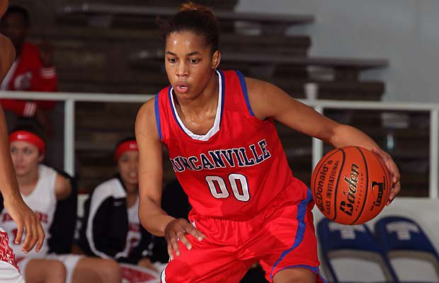 Kiara Perry and No. 4 Duncanville continue to roll with an impressive 29-0 record.