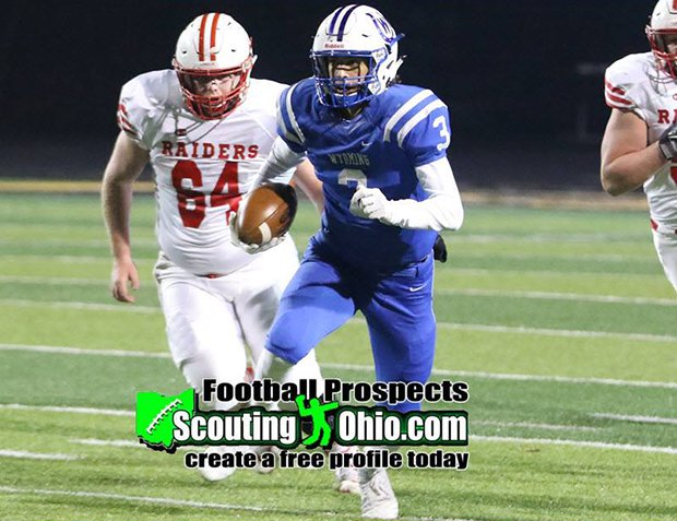 Wyoming senior Evan Prater threw for 2,181 yards and 28 touchdowns and ran for 1,788 yards and 32 touchdowns as a junior.