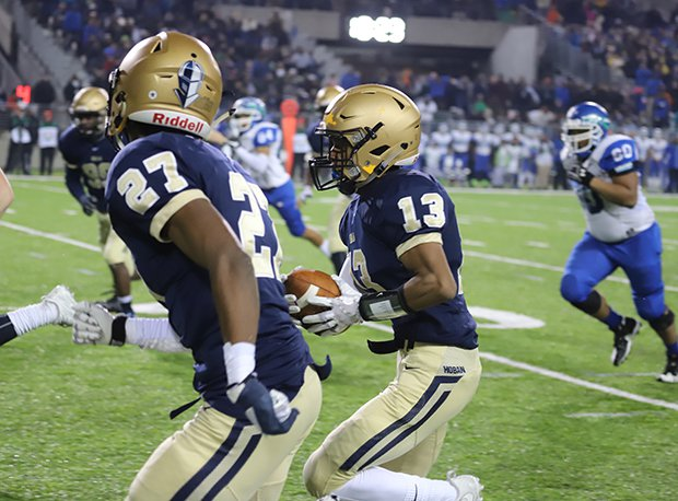 Archbishop Hoban (Akron, Ohio) captured it's third straight OHSAA state title.