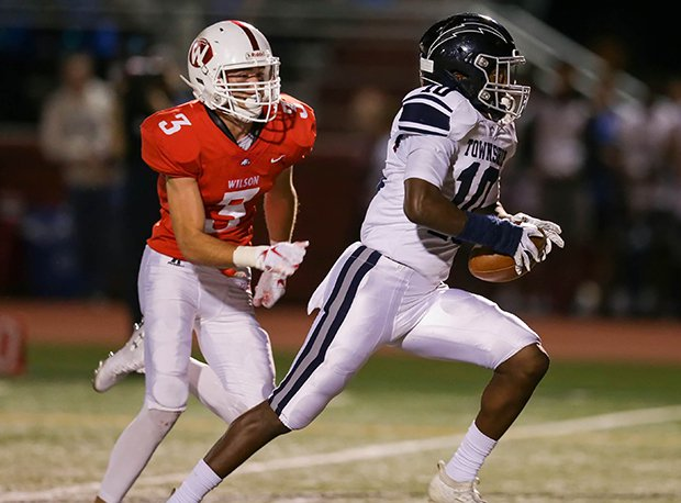 Manheim Township junior Anthony Ivey is considered Pennsylvania's No. 5 overall 2022 prospect and the nation's 12th ranked receiver prospect.