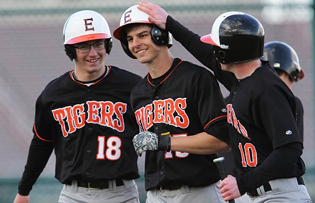 Edwardsville is the No. 3 team in the Midwest rankings.