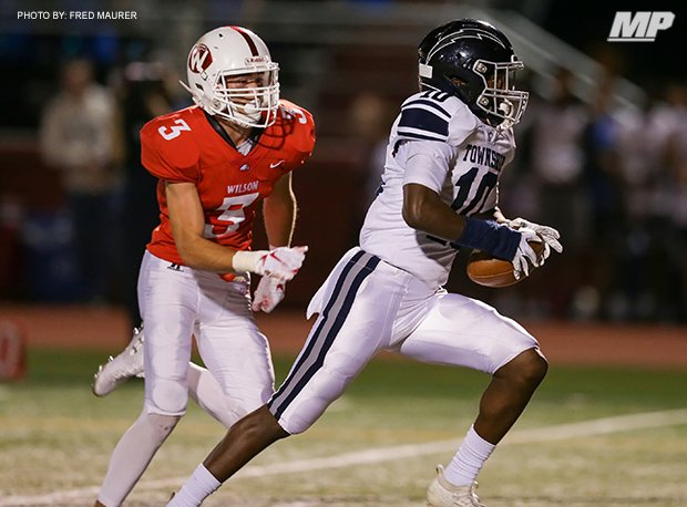 Manheim Township (Lancaster, Pa.) sophomore Anthony Ivey had 292 yards receiving in a 30-14 win over Wilson (West Lawn, Pa.) last week.