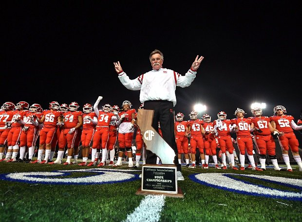 Mater Dei and coach Bruce Rollinson celebrate their 2018 CIF Open Division state title.