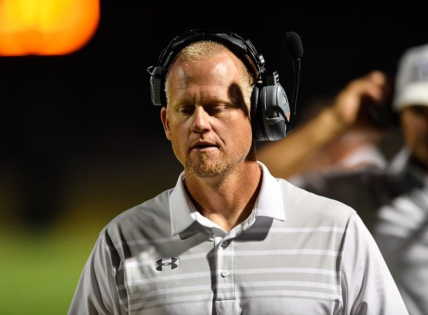 Mansfield coach Dan Maberry has battled cancer and fought to get back on the sidelines. MaxPreps is hoping to make a difference in the battle against this dreaded disease with its Touchdowns Against Cancer campaign. Teaming with St. Jude Children's Research Hospital, MaxPreps is raising money to help fund cancer research.