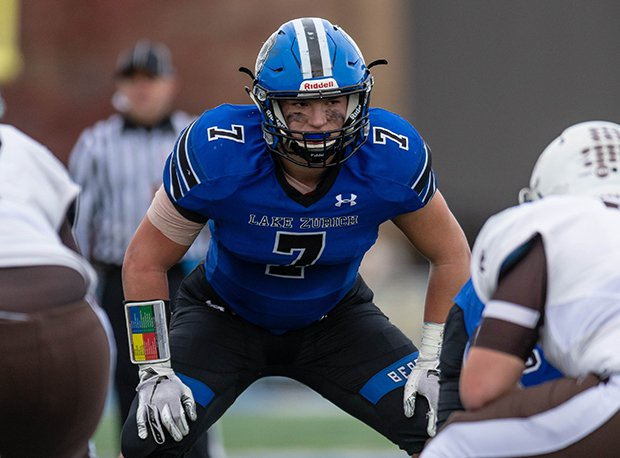 Lake Zurich linebacker Bryan Sanborn has committed to Wisconsin.