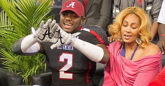 Landon Collins shocks his mom with Alabama commitment.