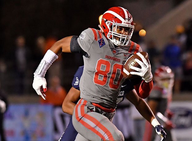 Mater Dei tight end Mike Martinez is one big target for Bryce Young.