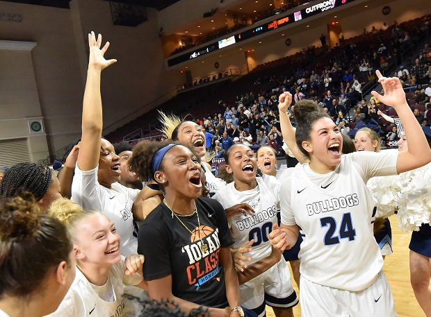 Centennial celebrates its 78-47 Nevada state title win over Bishop Gorman.