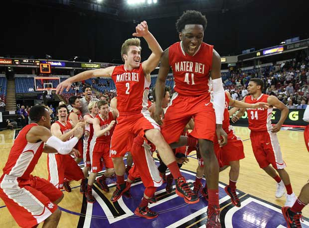 Mater Dei, led by Stanley Johnson (41), look for its fourth straight victory celebration in California's highest division.