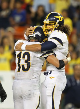 Punahou certainly had reason to celebrate, as itdominated the 50th state during the 2012-13school year.
