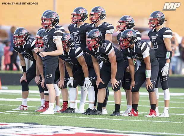 Muskego (Wis.) remained unbeaten last week with a 56-14 win over Catholic Memorial (Waukehsa, Wis.) in a meeting of defending WIAA state champions.