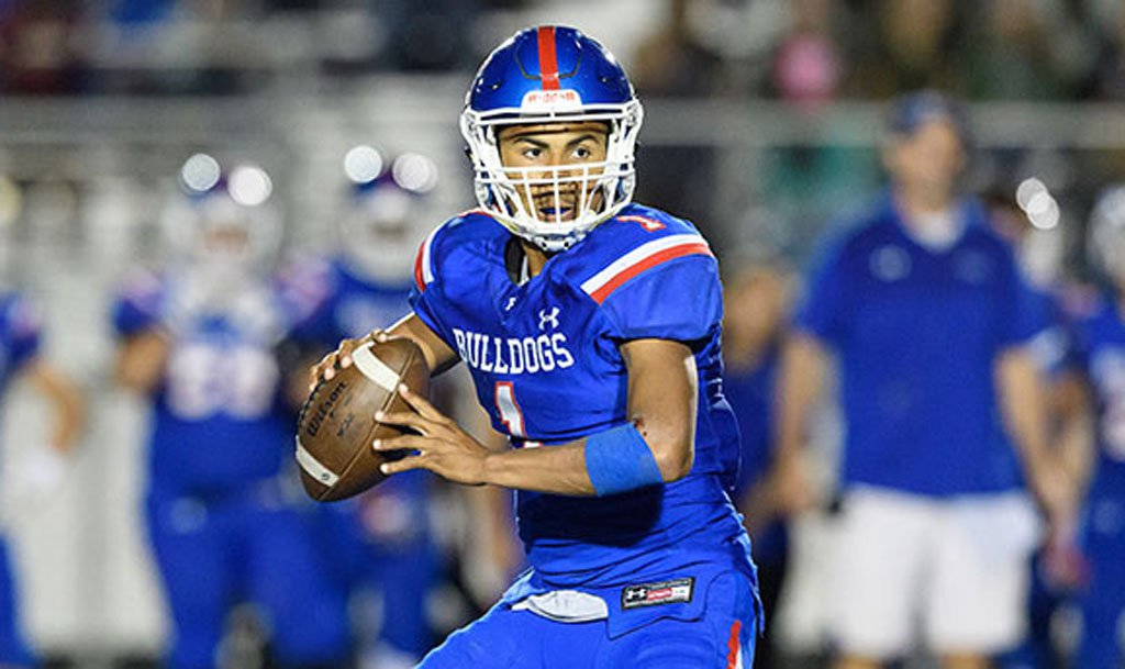 Folsom quarterback Kaiden Bennett is one of 16 returning starters for the Buldogs.