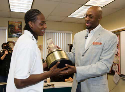 Brandon Knight and 1998 Gatorade POY winner Alonzo Mourning.