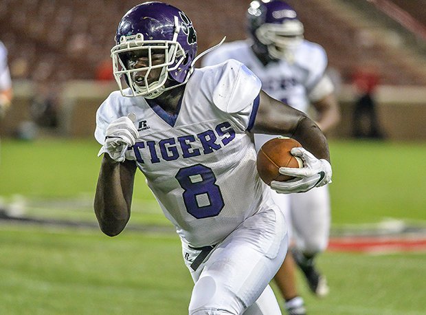 Pickerington Central and senior tight end Trenton Gillison (Michigan State) are looking for a second-straight regional title.