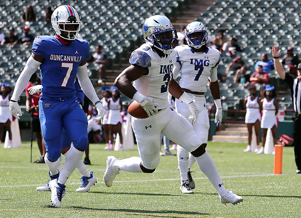 IMG Academy freshman Stacy Gage scoring one of his two touchdowns in Saturday's decisive win over Duncanville.