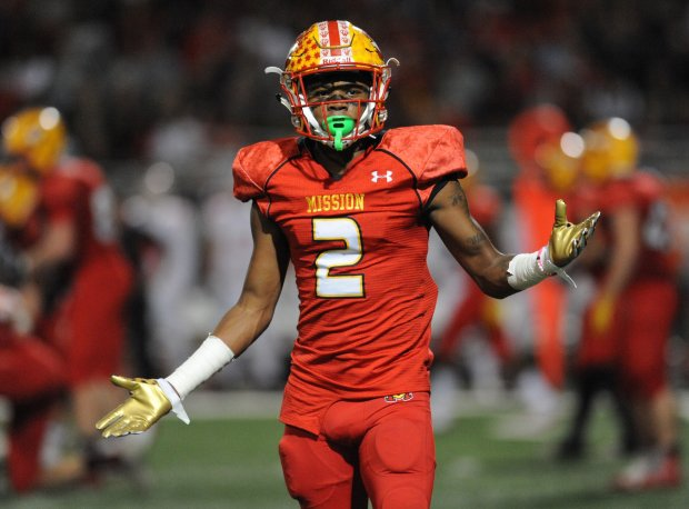 Olaijah Griffin played a big part on both sides of the ball during Mission Viejo's 12-1 season.