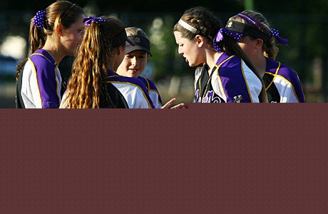 At 7-0, Amador Valley continues its reign as the nation's top high school softball team.
