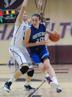Breanna Stewart is UConn-bound after a spectacularseason for Cicero-North Syracuse that included aNew York state title.