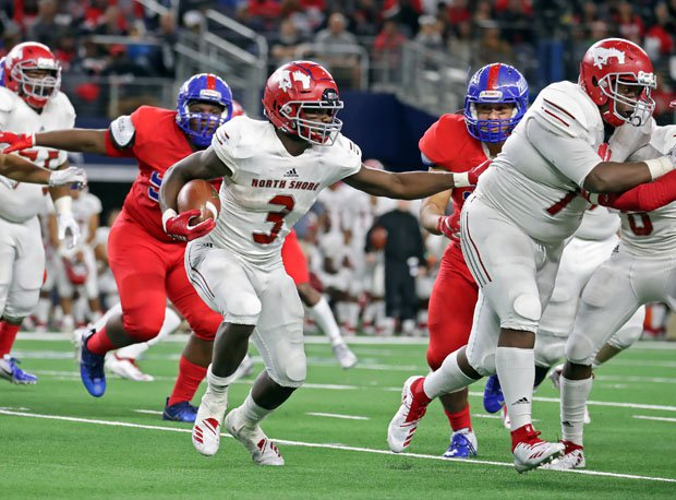 Duncanville did a nice job bottling up Zachary Evans, the nation's top-rated junior running back who finished with 21 carries for 96 yards and no touchdowns.