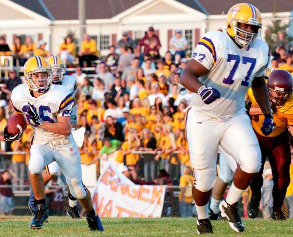 Seantrel Henderson (77) helped lead Cretin-Derham Hall to a Class 5A title.
