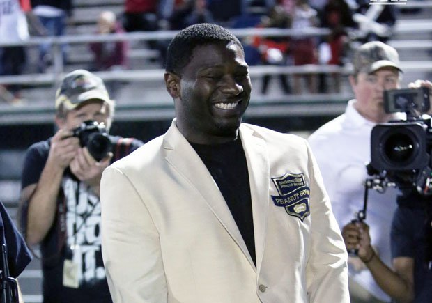 NFL Hall of Fame running back LaDainian Tomlinson, a Texas native, was honored before Friday's DeSoto-Cedar Hill game.