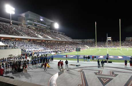 Allen came out with the victory in the debut of its new stadium.