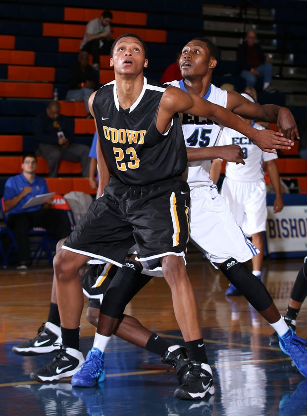 Bishop O'Dowd 6-10 post Ivan Post is one of the top juniors in the national according to just about every recruiting service. He leads the Dragons in a 3:45 game with Capital Christian.