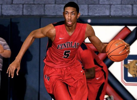 Winners of 53 games in a row, Christian Wood and top-ranked Findlay Prep will have a target on their back at the National High School Invitational.