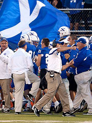 St. Xavier of Cincinnati has one of the country's most consistent high school football programs.