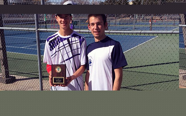 Manzano's Dane Paulsen (left) and La Cueva's Eli Echt-Wilson pose after a match earlier this season.