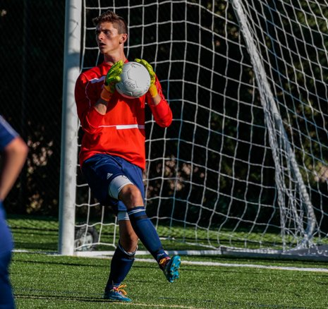 With a stout defense led by goalkeeper Ross Rainaldi, Kent Denver is favored to repeat as Class 3A state champion. The soccer playoffs begin Wednesday with 4A action.