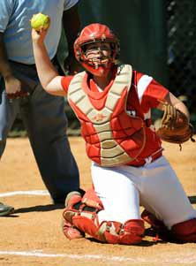 Shelby Holley is more famous for heroffensive prowess, but is also aformidable catcher.