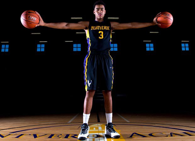 Guard D'Angelo Russell