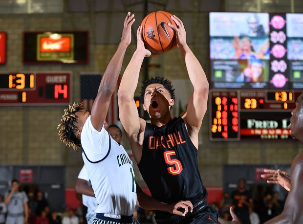 Lindell Wigginton scored 64 points over two days, leading Oak Hill Christian to two impressive wins.