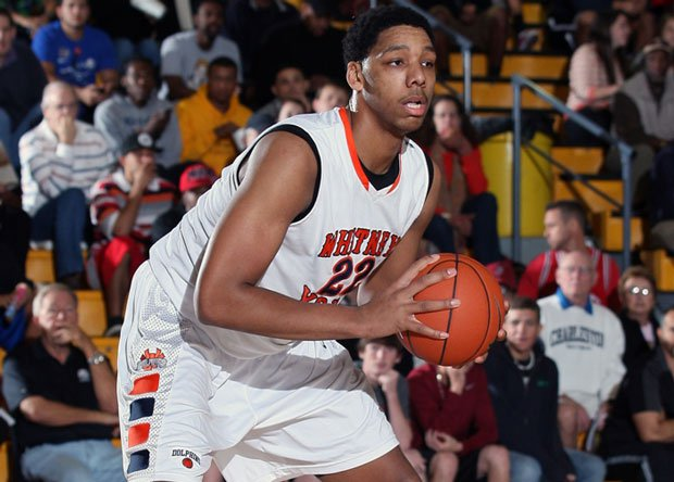 After a big win last week at the Cancer Research Classic, No. 4 Whitney Young will hit the road once again this weekend to face No. 10 White Station at the Penny Hardaway Hoopfest.