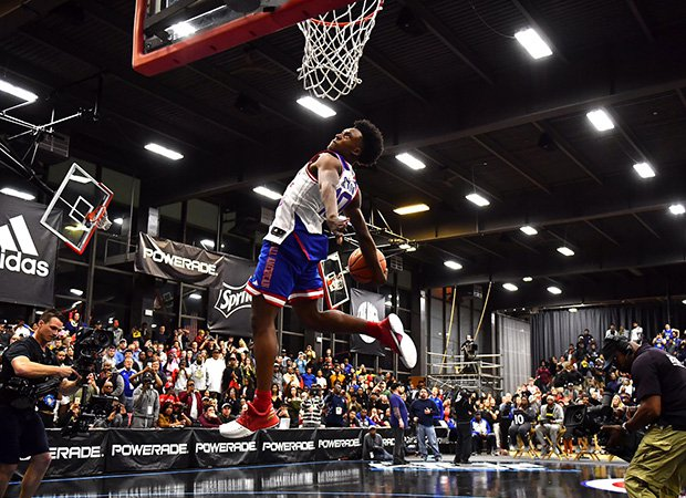 Sexton soars in for a dunk.