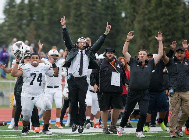 Nation's second-longest high school football win streak