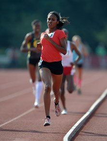 Ajee Wilson repeated as champion  in the 800.