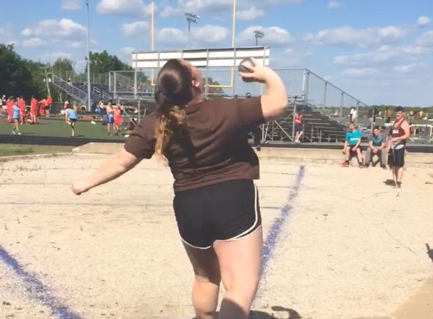 Aurentz looks to take first place in shot put at state after finishing third as a freshman and second as a sophomore.