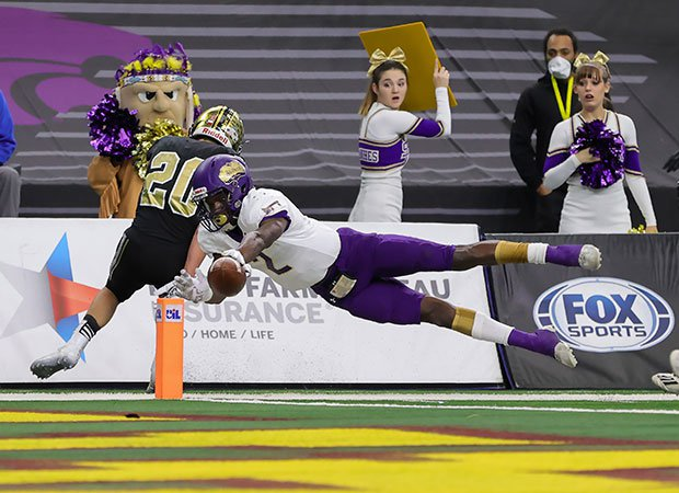 Shiner (Texas) running back Dalton Brooks dives for a touchdown during the UIL 2A Division 1 state championship game at AT&T Stadium.