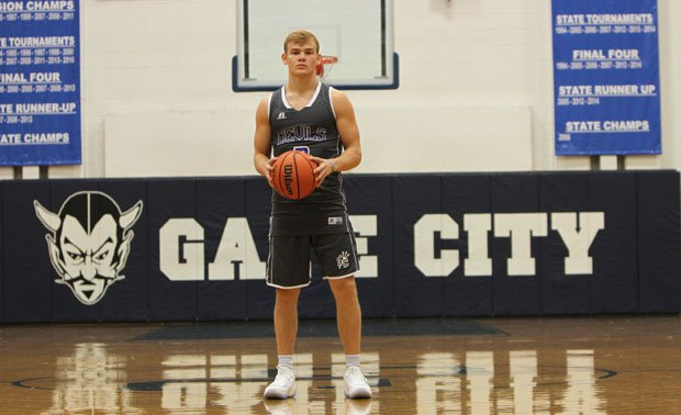 Mac McClung opened his 2017-18 regular season with a 47-point explosion on Tuesday.